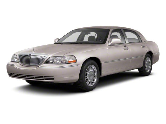 Pre Owned 2011 Lincoln Town Car Signature Limited 4dr Car In